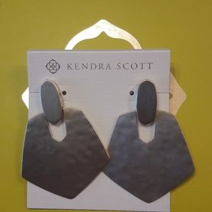 Kendra Scott Finch earrings